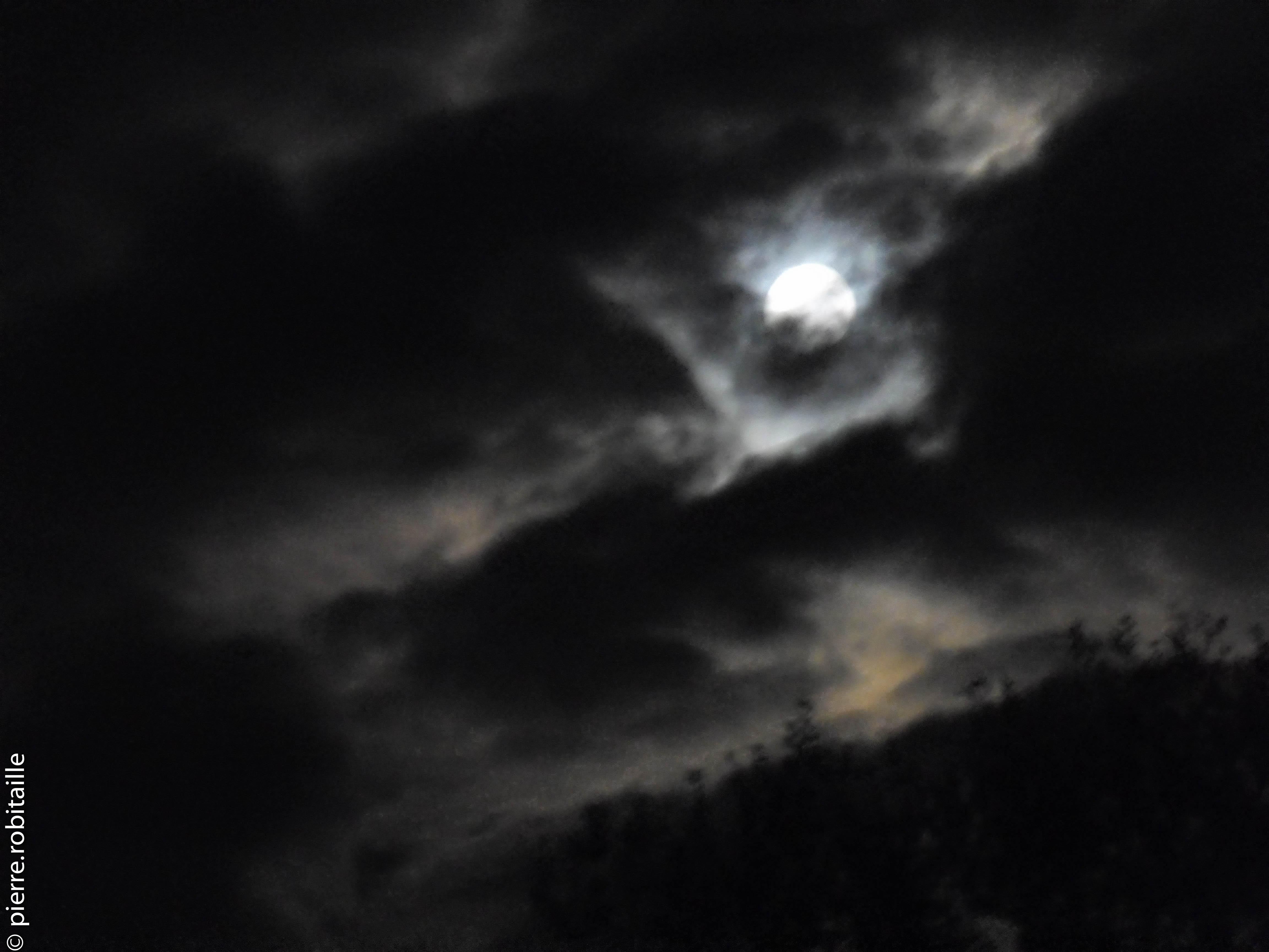 Lune de novembre 16